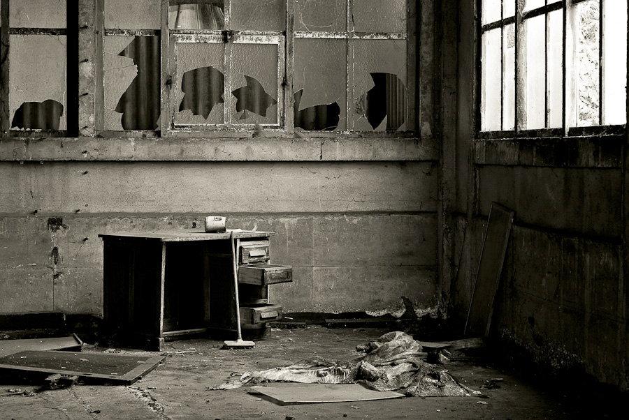 le bureau usine yorkshire photographie de sylvain mary. Black Bedroom Furniture Sets. Home Design Ideas
